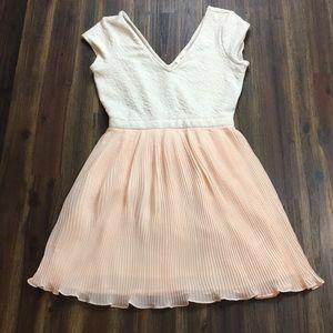 Silence + Noise cream/pink pleated princess dress